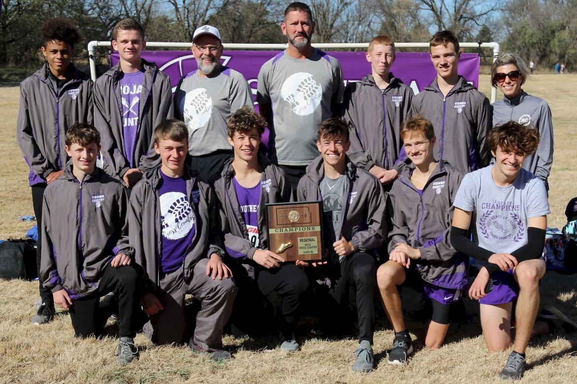The Southeast of Saline boys are the 3A State Cross Country Champions. (Photo: Jessica Sprecker)