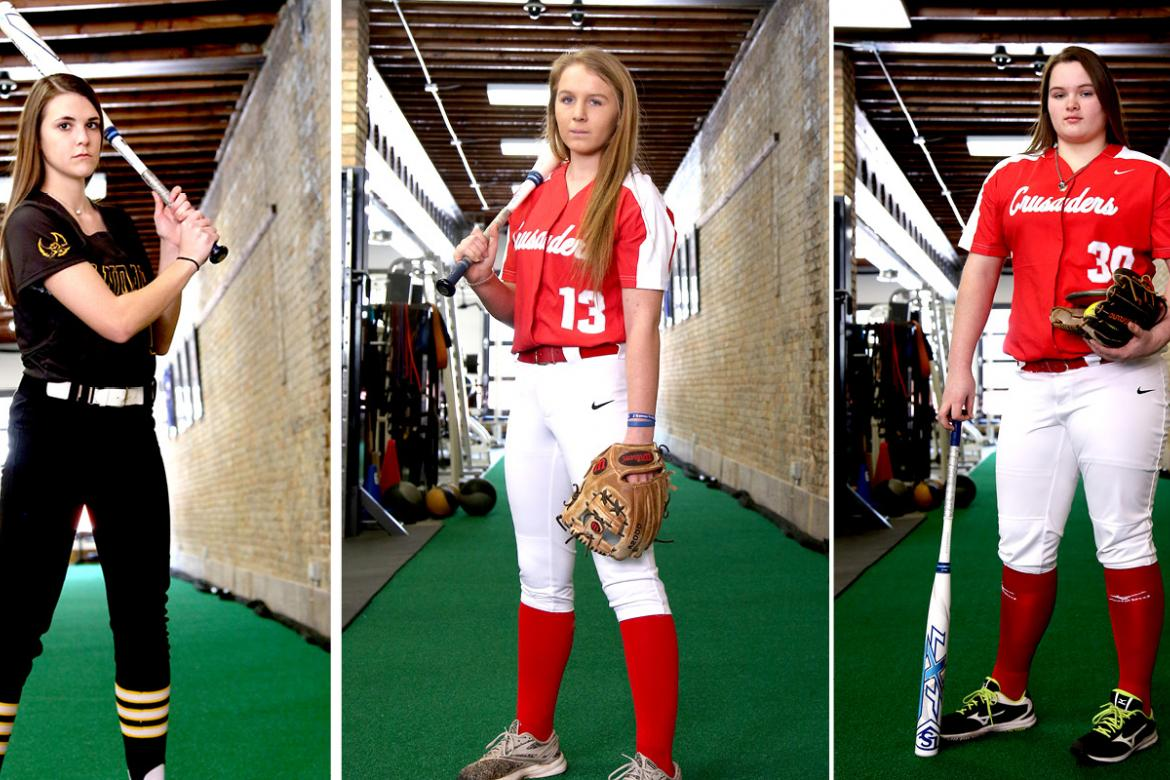 From left: Macie Eck, Jocelyn Buck and Brooke McCorkle started off their senior seasons with a bang. (Photos by Everett Royer, KSportsImages.com)